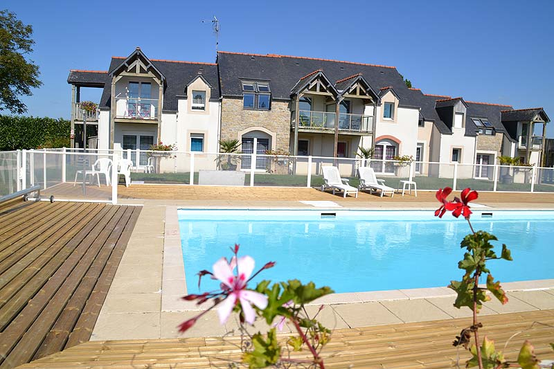 hotel parking mont saint michel beauvoir fleurdumont residence piscine